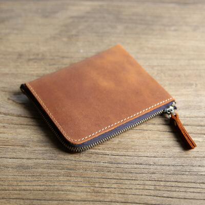钱包男短款皮横款皮拉链皮夹 限量红色 皮 发货周期:一般在付款后2-90天左右发货,具体发货时间请以与客服协商的时间为准