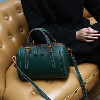 冬季新款复古波士顿枕头包软头层牛皮单肩斜挎手提包真皮女包 绿色 有现货 送丝巾
