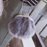 冬季新款毛毛包包休闲百搭小包包可爱夹扣女包毛毛包韩版小包