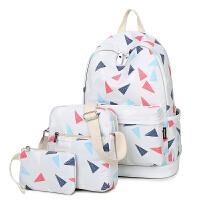 双肩包女韩版潮几何印花背包休闲清新大容量学生书包防泼水