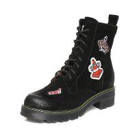 Teenmix/天美意2017冬季二层牛皮趣味刺绣图案马丁靴女靴6WL64DZ7