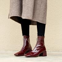 酒红色短靴女2018秋冬新款网红短靴女前拉链中跟方头马丁靴女粗跟酒红色hgl