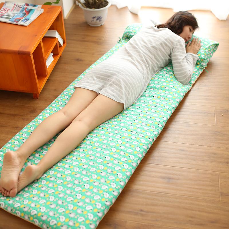 防滑单人床垫可定做折叠学生加厚幼儿园地垫地铺纯棉儿童榻榻米垫 7 绿色小鸟  斜纹环保材质,蓬松棉包裹着硬质棉,外布套可以单独拆洗,枕芯也可以单独取出来,卷起