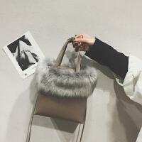 包包女包新款韩国单肩包港风百搭斜挎包潮时尚毛毛小方包