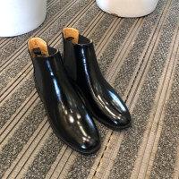 切尔西短靴女平底英伦复古裸靴秋冬漆皮2019新款马丁靴大码srr