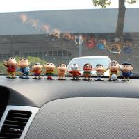 创意汽车摆件蜡笔小新迷你公仔车用可爱内饰车饰用品卡通玩偶
