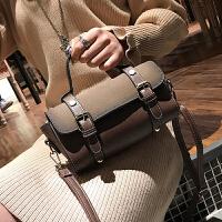 包包女2018春季新款女包时尚复古波士顿手提包枕头包单肩斜挎包潮