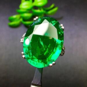 精品少见大颗粒哥伦比亚祖母绿戒指