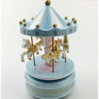 派对情景装饰摆件带灯旋转木马音乐盒摆件创意生日