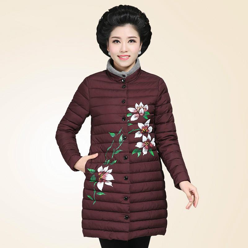 中年女装冬装棉衣中长款妈妈轻薄款羽绒印花时尚休闲40-50岁 发货周期:一般在付款后2-90天左右发货,具体发货时间请以与客服协商的时间为准