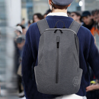 商务背包男士双肩包韩版简约潮包休闲旅行高中学生书包男时尚潮流