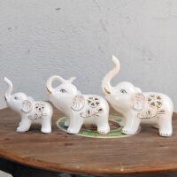 大象摆件酒柜三只小象电视柜欧式*品陶瓷三连象工艺家居装饰品 三只小象