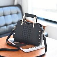 女士包包韩版小方包手提包小包柳钉单肩斜挎包m2 黑色