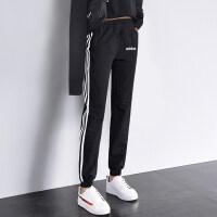 Adidas阿迪达斯 女裤 运动休闲跑步训练长裤 DP2380