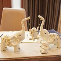家居软装饰品酒柜客厅一家四口大象摆件乔迁新居礼品创意现代简约 【特大号】一家四口秋千象 礼盒包装