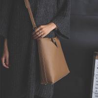 2017新款斜挎包包女大容量子母包简约手提大包托特包水桶包