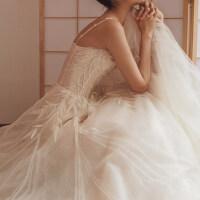 婚纱礼服2018新款新娘结婚抹胸长拖尾公主显瘦吊带轻婚纱森系简约
