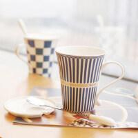 创意陶瓷杯子 马克杯套装 英伦风水杯套装咖啡杯情侣杯带盖带勺