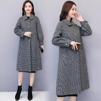 毛呢外套女中长款2018秋冬季韩版新款宽松流行千鸟格子羊毛呢大衣