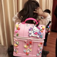 日本超轻卡通儿童书包1-3岁可爱公主时尚宝宝幼儿园女童洞洞背包