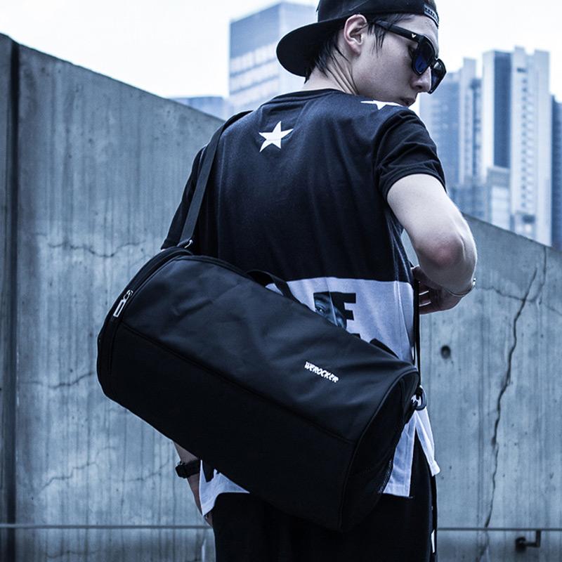 男士手提健身包户外圆筒包训练包运动包女旅行袋单肩学生篮球包 品质保证 售后无忧 支持货到付款
