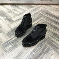 欧洲风格站2017秋冬新款坡跟鞋铆钉厚底鞋黑色绒面系带增高女鞋子
