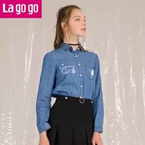 Lagogo2018春秋季新款时尚翻领牛仔衬衫女潮修身长袖打底复古上衣