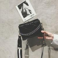 菱格纹手提包女斜挎包包女2018春季欧美时尚单肩包锁扣链条小方包