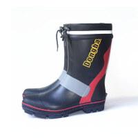 钓鱼专用水鞋雨鞋男钢钉中筒雨靴高筒橡胶防滑秋冬毛绒时尚防水靴 黑红 中筒