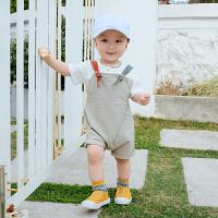 婴儿衣服男宝宝夏季套装新生幼儿纯棉上衣纯色背带裤两件套潮