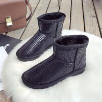 网红一脚蹬雪地靴女皮面防水短筒冬学生可爱加绒厚底棉鞋