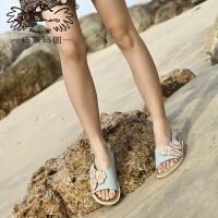 玛菲玛图凉鞋2020新款女夏季真皮厚底松糕跟坡跟鱼嘴后绊带花朵水钻沙滩鞋80832-12W