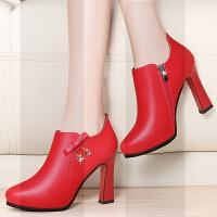 2019新款春季真皮单鞋女鞋中跟大码尖头高跟粗跟百搭中年女士皮鞋SN0068 红色 JST2328跟高10cm