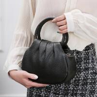 手提包女2018新款潮夏季时尚高端休闲包轻便妈妈包迷你纯色小挎包