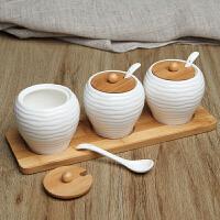 陶瓷调料盒家用厨房套装调味瓶罐盐罐辣椒调味盒三件套送勺