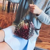 迷你小包包新款潮韩版时尚个性三角亮片包手拎女包百搭斜挎包