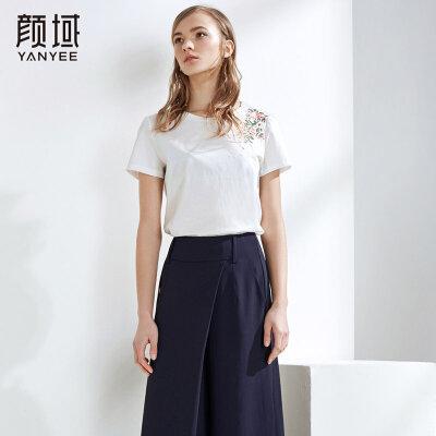 颜域品牌女装2018夏季新款白色T恤绣花宽松圆领短袖薄款女士上衣