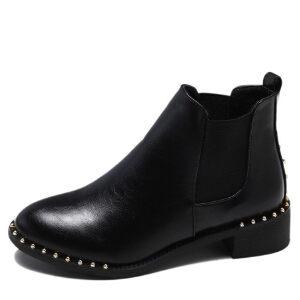 WARORWAR新品YM160-d8秋冬欧美平底舒适铆钉女士靴子短靴