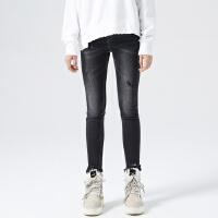 【1件3折到手价:73.5】美特斯邦威牛仔裤女冬装新款微破脚口流苏紧身牛仔长裤商场款