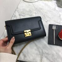 手拿包新款女包斜跨包女韩版小方包链条包单肩小包信封包 黑色 预售
