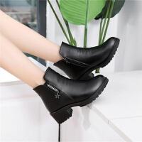 冬季妈妈棉鞋保暖加绒 中老年短靴女鞋冬平底圆头 短筒雪地靴防滑