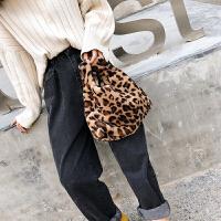 毛毛包包女2018新款豹纹日式手提包背心毛绒包袋仿懒兔毛手拿拎包