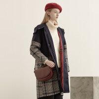 【1件3折到手价:235.8】美特斯邦威大衣女拼接格子连帽风衣学院风中长款外套冬装新款