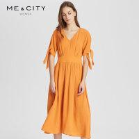 【1件2.5折价:282.3,周末购】真丝MECITY女装夏季中长款很仙的V领连衣裙