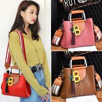 时尚女包夏季新款韩版简约女士单肩包大气手提包百搭斜挎小包包潮