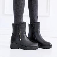 中年妈妈冬季女靴子加绒大棉鞋平底中筒靴冬天皮面雪地靴女士皮鞋
