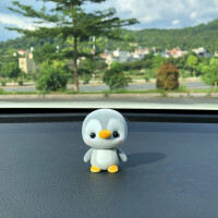日系植绒企鹅鸭子熊猫卡通 汽车摆件公仔 可爱车内装饰品创意车载
