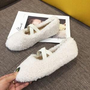 WARORWAR新品YM171-2381冬季韩版羊羔毛平底舒适女士乐福鞋毛毛鞋