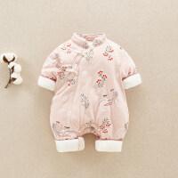0婴儿冬装1中国风加厚连体衣3-9个月12女宝宝外出抱衣新生儿哈衣2