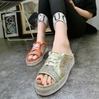 春夏季新款ins超火鱼嘴厚底松糕坡跟水钻满钻凉鞋托系带拖鞋女鞋